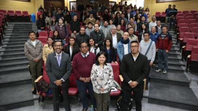 Ver campaña Instituto Geofísico del Perú dictó Cátedra IGP en Cajamarca