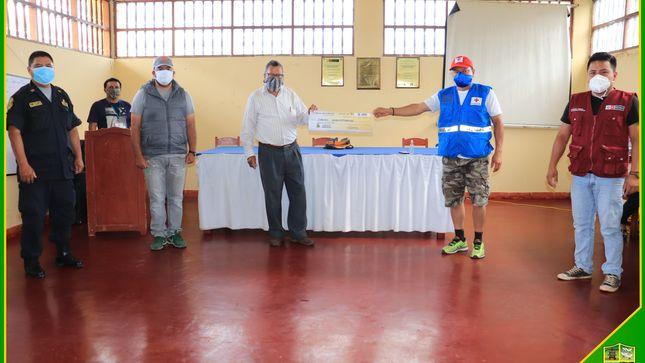 Municipio jepelacino entrega apoyo solidario de doce mil soles para implementar Planta de Oxígeno