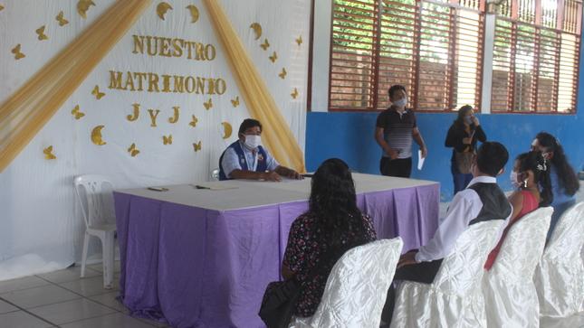 Municipalidad Distrital de Tahuania, Realiza Matrimonio Civil