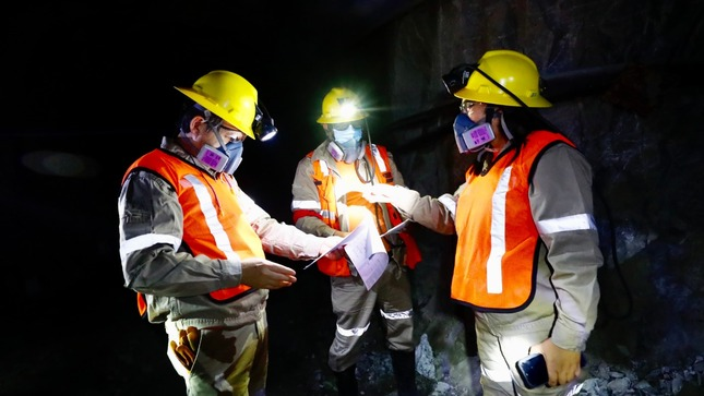 Sector minero brinda empleo a más  de 150 mil personas al mes de junio
