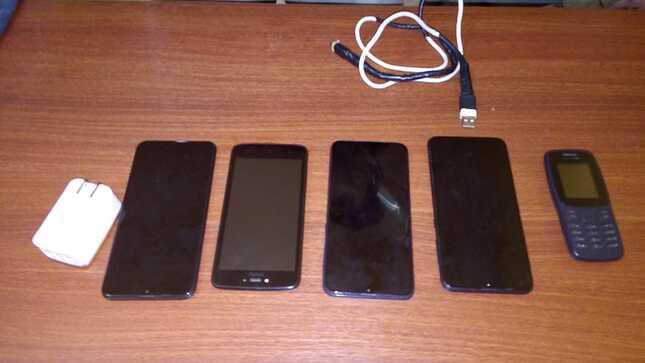 En revisión extraordinaria hallan cinco celulares en el penal de Arequipa