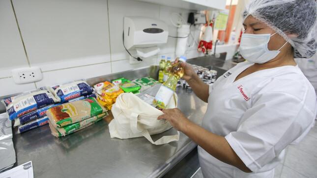 Programa Nacional Cuna Más inicia reparto de alimentos a más de 54 mil niñas y niños hasta los 36 meses de edad