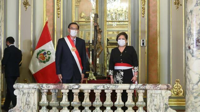Antonina Rosario Sasieta Morales jura como Ministra de la Mujer y Poblaciones Vulnerables