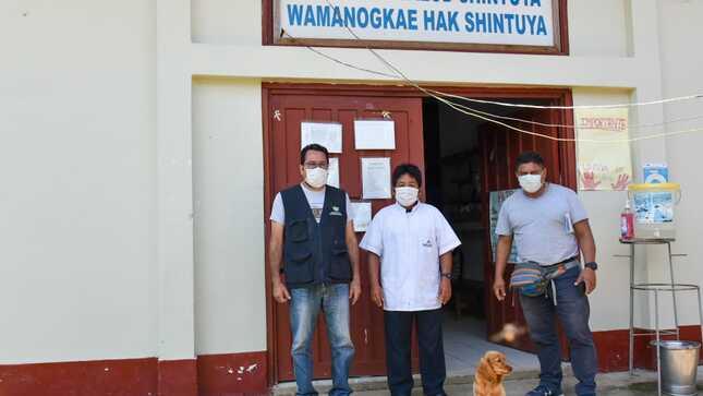 Gobierno regional entrega nuevo lote de medicamentos contra el COVID-19 en el Manu