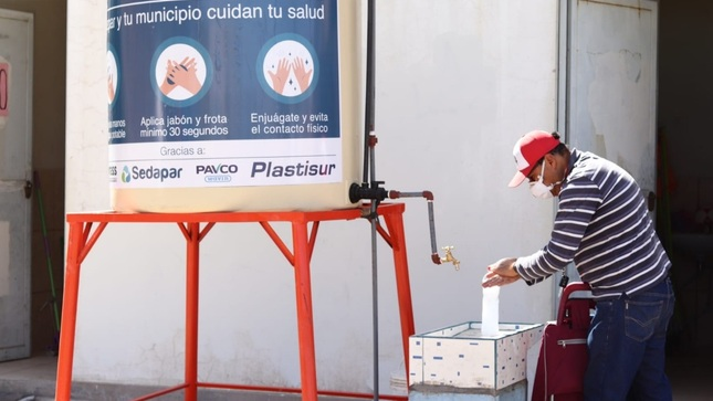 OTASS y SEDAPAR instalan lavamanos en Arequipa y provincias para mitigar propagación del Covid19