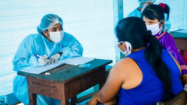 Estrategia de Alerta Temprana en 17 regiones permite el monitoreo de pacientes con COVID-19 de los pueblos indígenas u originarios
