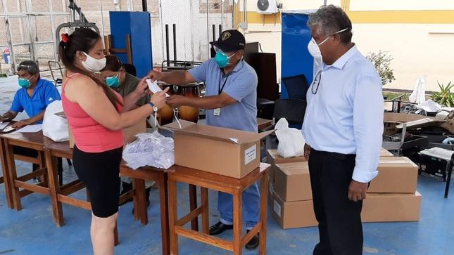 INPE distribuye más de 2 millones de mascarillas en penales del país