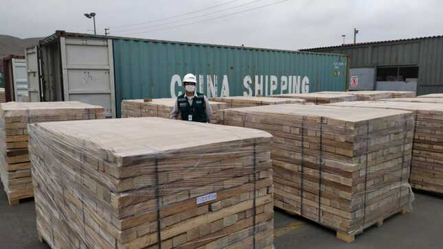 172m3 of illegal Balsa wood seized in Callao