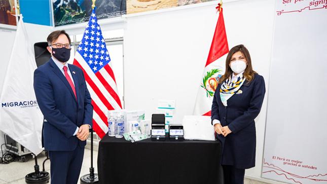 MIGRACIONES recibe modernos equipos e implementos de protección personal y sanitaria del Gobierno de Estados Unidos