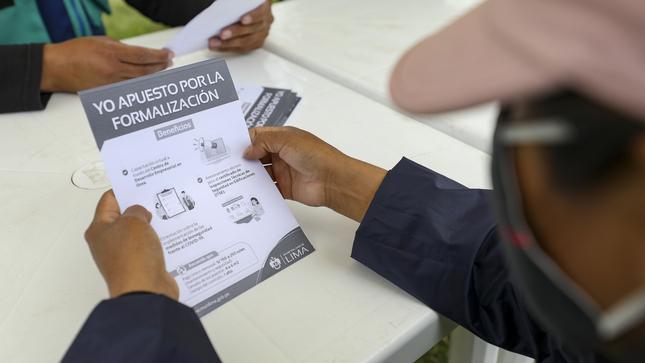 Campaña Formalízate Lima beneficiará a más de 1.200 comerciantes reubicados en espacios temporales