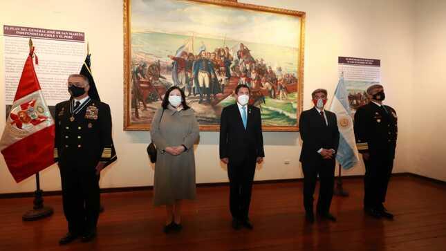 Ministro de Defensa conmemoró Bicentenario del desembarco de don José de San Martín y la Expedición Libertadora