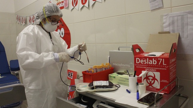 Hospital Emergencia Ate Vitarte realiza de manera exitosa su primera campaña de donación voluntaria de sangre