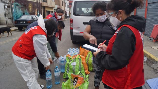 MIMP LLEVÓ AYUDA A FAMILIAS AFECTADAS POR INCENDIO EN EL DISTRITO DE PUEBLO LIBRE