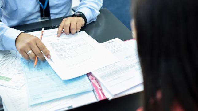 OSIPTEL publica precedente que obliga a las operadoras a emitir resoluciones de reclamos debidamente motivadas