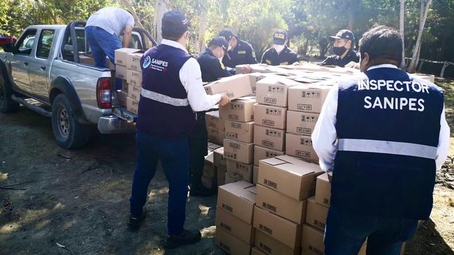 Más de 12 mil conservas fraudulentas fueron incautadas en planta clandestina en Chimbote
