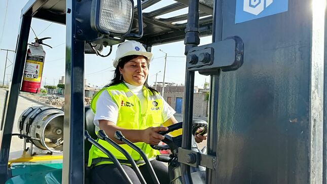 Impulsa Perú certificará competencias laborales de cerca de mil trabajadores de 9 departamentos del país