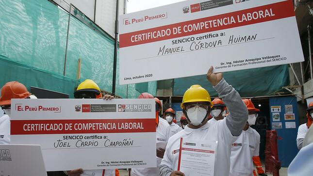 Unos 230 trabajadores de construcción civil certificaron sus competencias gracias a Sencico