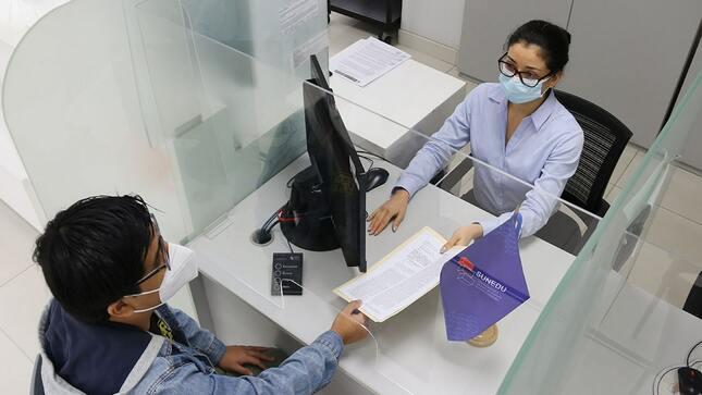 SUNEDU reinicia atención presencial a la ciudadanía  en Centros de Atención MAC