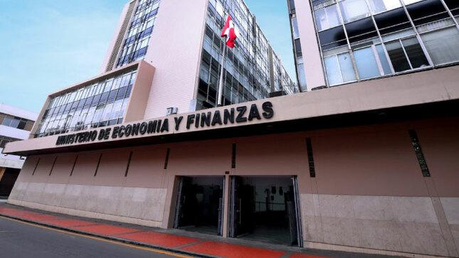 Ministra de Economía y Finanzas sustenta el presupuesto asignado al sector para el año fiscal 2021