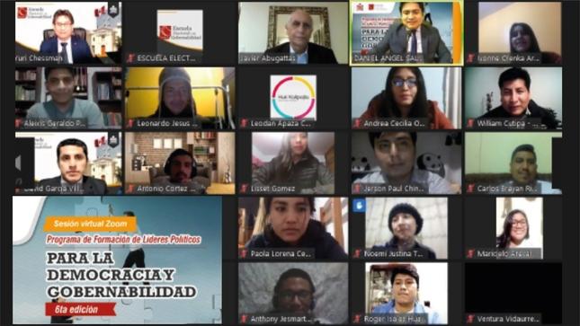 Líderes juveniles de todo el país participaron de conversatorio sobre la Visión del Perú al 2050