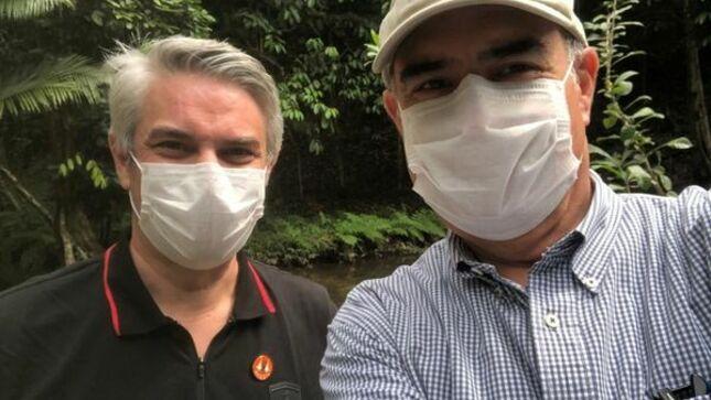 El Embajador del Perú en su segundo día de la visita a la Amazonía Occidental brasileña.