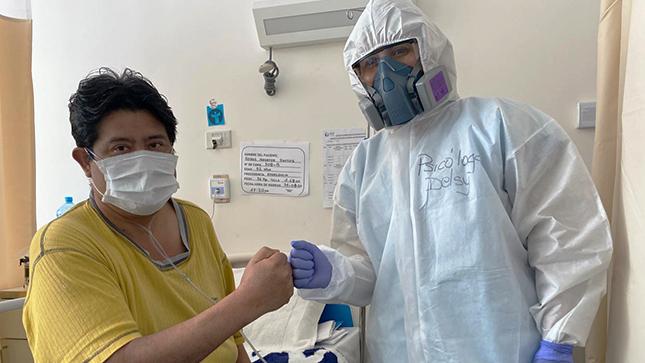 Paciente con Diabetes recibe el alta médica en el Hospital Emergencia Ate Vitarte tras un mes de intensa batalla