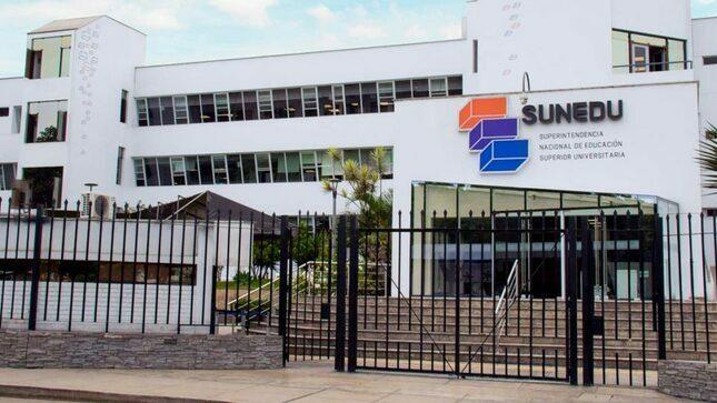 La SUNEDU lamenta el fallecimiento de dos universitarios