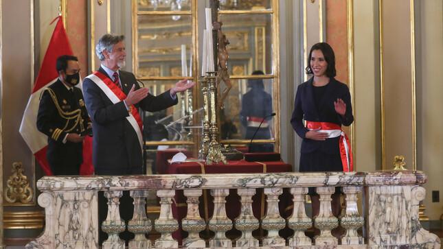 Claudia Cornejo Mohme juró como ministra de Comercio Exterior y Turismo