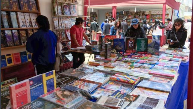 Ministerio de Cultura promueve la reactivación de las actividades culturales con Ferias del Libro en cuatro regiones