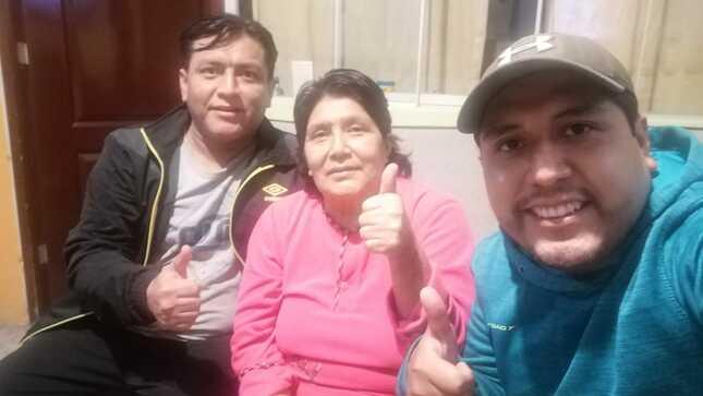 ¡Guerreros! Madre e hijo vencieron al COVID-19 y salieron de alta del Hospital Emergencia Ate Vitarte