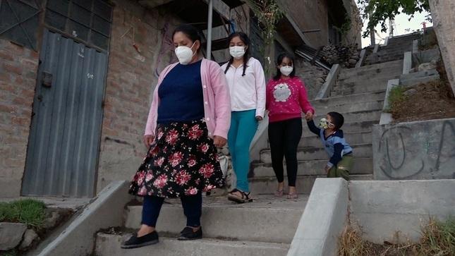 Madre ayacuchana, usuaria del Midis, saca adelante a su familia para salir de la pobreza intergeneracional