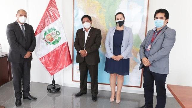 Gobernador gestiona construcción de Módulos de Atención de Salud Intercultural