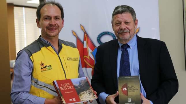 Donación de publicaciones editadas por Petroperú a la Secretaría Municipal de Culturas de La Paz
