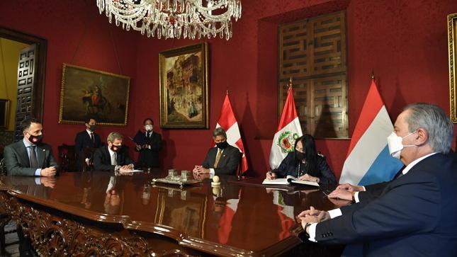 El Perú suscribe acuerdo con Suiza y Luxemburgo para repatriar más de 26 millones de dólares provenientes de la corrupción