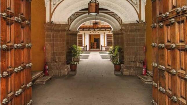Lanzamiento virtual del primer libro con ocasión del bicentenario del Ministerio de Relaciones Exteriores del Perú