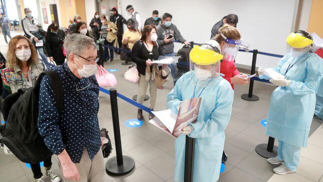 Gobierno peruano estableció cuarentena obligatoria de 14 días a todas las personas que ingresen al Perú, sean peruanos o extranjeros.