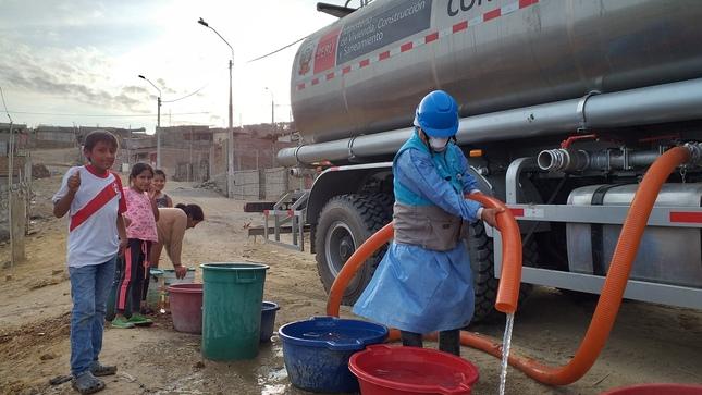 Otass distribuye agua potable sin costo a casi 750 mil pobladores de 10 regiones a través del Plan Cisterna