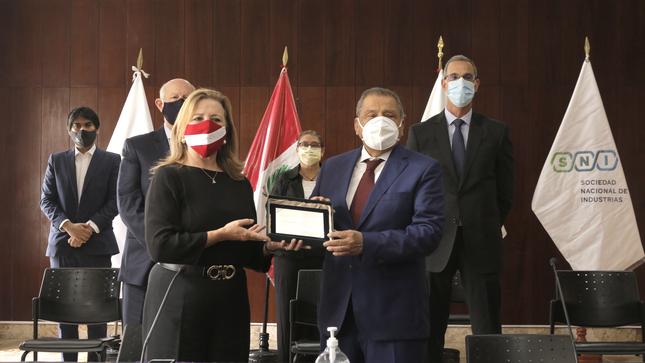 Sociedad Nacional de Industrias (SNI) Asume Presidencia Del Consejo Empresarial de la Alianza del Pacífico en Perú