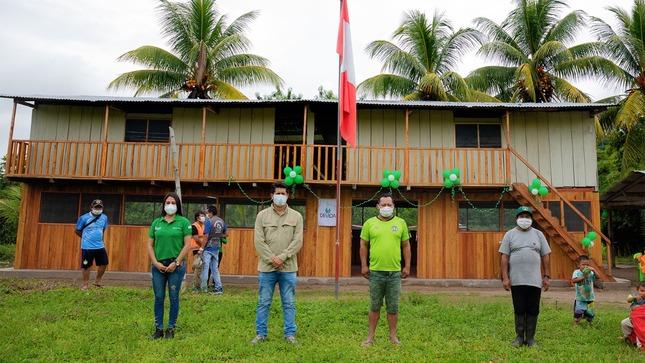 Vraem: Devida culmina el mantenimiento de locales comunales en beneficio de 135 familias de Río Tambo, Pangoa y Sivia