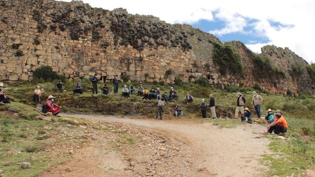 Realizan jornada de trabajo comunal para mantenimiento a trocha de acceso a Marcahuamachuco