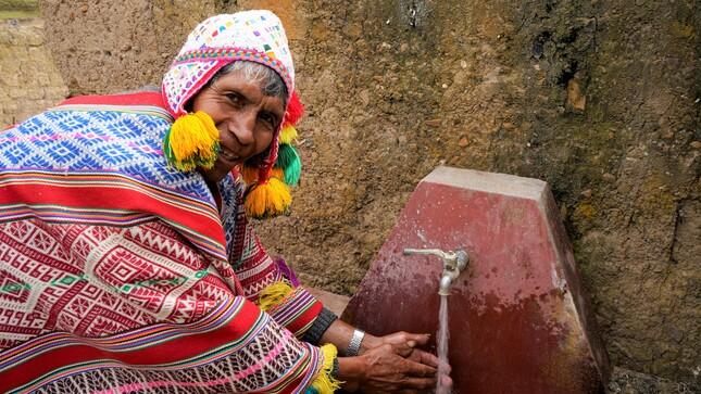 Unos 14 mil habitantes se benefician con instalación de equipos de cloración de agua en Puno, Cusco y Piura
