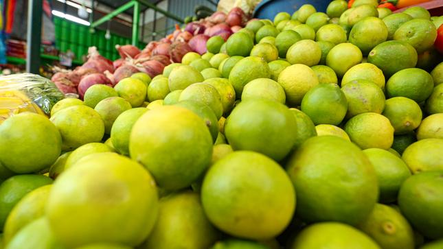 Ministro Federico Tenorio: Abastecimiento de alimentos en mercados de Lima se realiza de manera normal