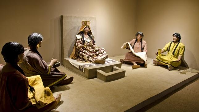 Conferencia  virtual sobre la Sacerdotisa de Chornancap en el Museo de Oro de Bogotá