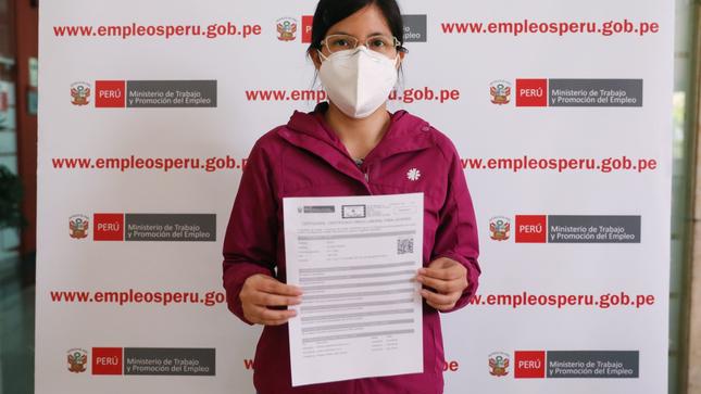 Miles de jóvenes obtienen su certificado laboral gratuito del MTPE