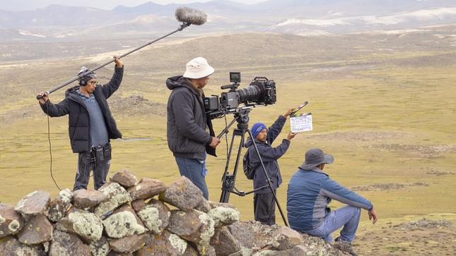 Autorizan las actividades de registro y transmisión de artes escénicas y la producción audiovisual para medios de comunicación