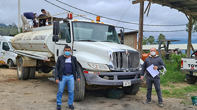 GOREA destina camión cisterna para abastecer de agua a damnificados de Condorcanqui