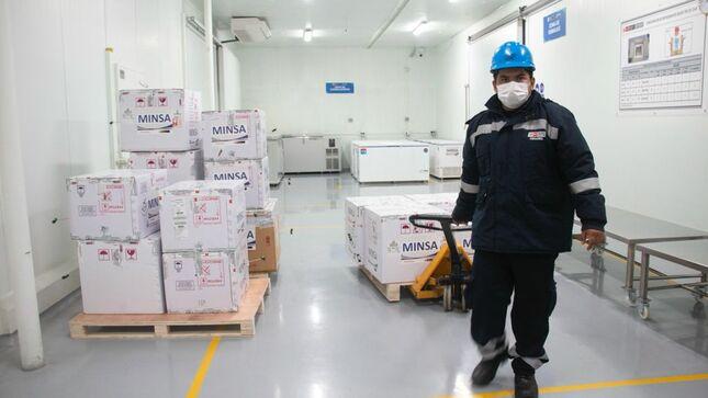 Minsa inicia distribución de segunda dosis de la vacuna contra la COVID-19 para Lima y Callao