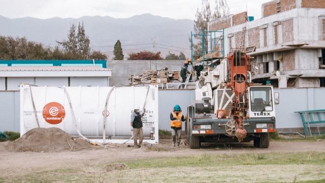 Cenares entrega tanque criogénico al Hospital Regional de Moquegua