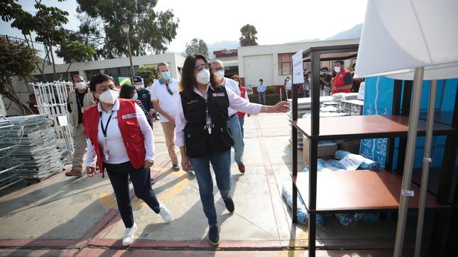 Titular de la PCM y ministra de la Mujer participaron en recepción de donaciones otorgadas por el Proyecto Legado a favor del Inabif