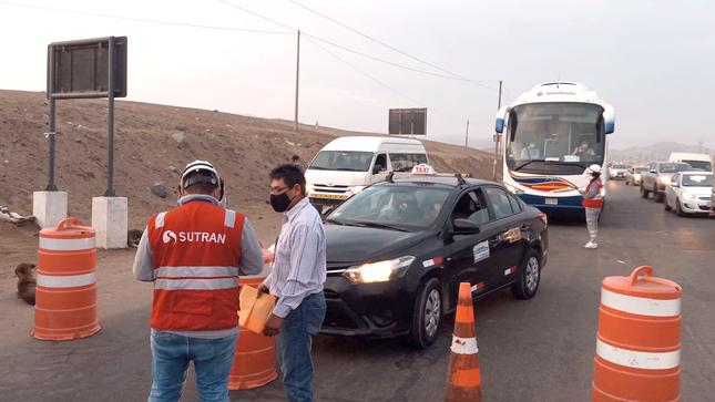 SUTRAN realizó operativos simultáneos contra el transporte informal y fiscalización al traslado de materiales peligrosos